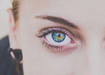 kosmetyczne soczewki kolorowe